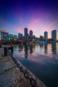 BOSTON Fan Pier Park En de Skyline van Boston bij zonsondergang