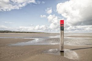 Strandpaal op Texel / Texel beach van