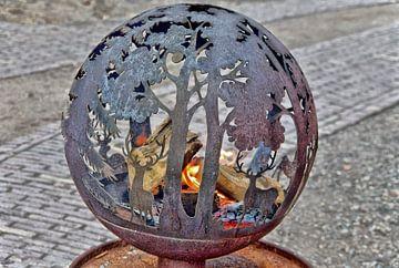 Decoratieve vuurbal van Jurjen Jan Snikkenburg