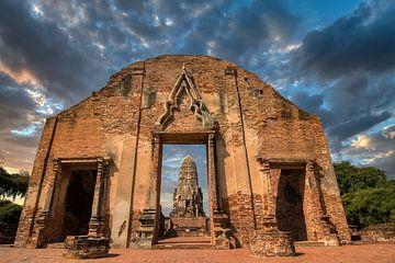 Tempel in Zuidoost Azie van Karen Klein