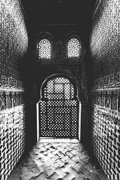 Arabeske architectuur in het Alhambra van Fotografiecor .nl