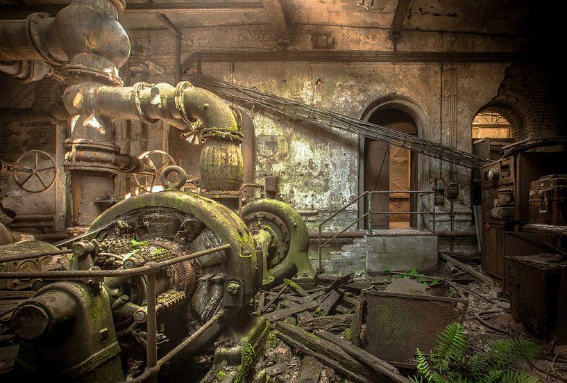 Old powerplant van Olivier Van Cauwelaert