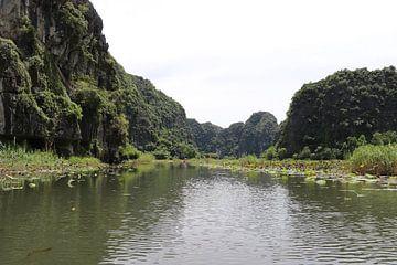 Vietnam op de rivier van mathieu van wezel