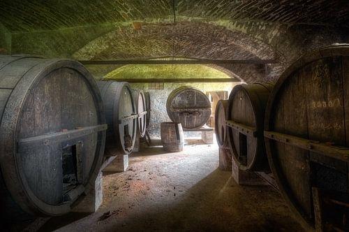 Große Weinfässer von Roman Robroek