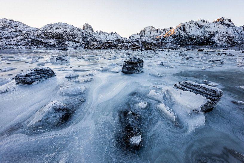 Bevroren Fjord - Vetserålen, Noorwegen van Martijn Smeets