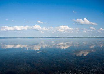 Cloud Reflection van René Wolters