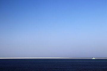 Uizicht op zee von Kiezel Fotografie