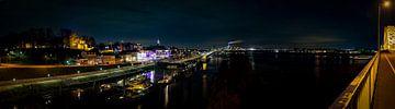 Panorama vanaf de Waalbrug van Henk v Hoek