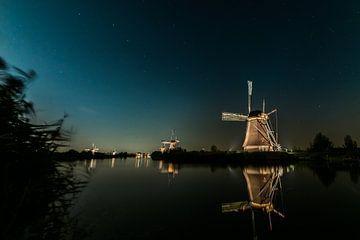 Molens Kinderdijk bij avondlicht van Alvin Aarnoutse