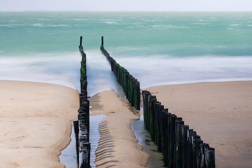 Dromerig zeezicht op Zoutelande van Erik Wouters