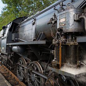 Historische Dampflokomotive am Bahnhof von Ger Beekes
