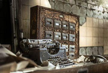 Adler-Schreibmaschine von Olivier Van Cauwelaert