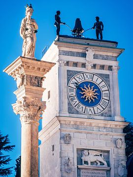 Udine - Torre dell'Orologio van Alexander Voss