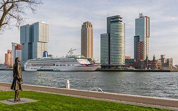 Het MS Aurora aan de Cruise Port in Rotterdam van MS Fotografie | Marc van der Stelt