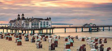 Zonsondergang op het strand van Sellin, Rügen, Duitsland van Henk Meijer Photography