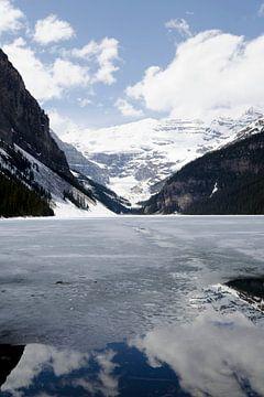 Bevroren Lake Louise in Canada van Ohana