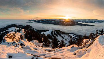 Panorama zonsopgang bij de Grünten van Leo Schindzielorz