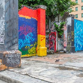 Kunst op straat te Kota Kinabalu van didier de borle