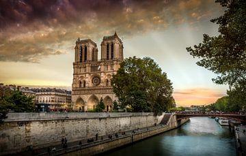 Notre Dame Sunset sur