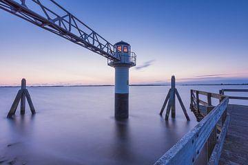 At the Lighthouse van Max ter Burg Fotografie