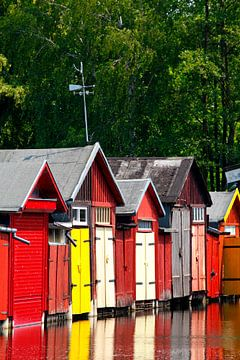 Kleurrijke boothuizen, Oberbach, Neubrandenburg, Mecklenburg-Vorpommern, Duitsland, Europa van Torsten Krüger