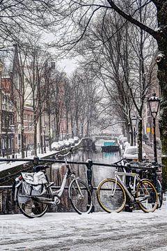 Amsterdamer Winter Oudezijds Achterburgwal von Hendrik-Jan Kornelis