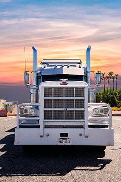 Peterbilt Truck, amerikanischer Truck. von Gert Hilbink