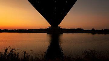 Zonsondergang bij de spoorbrug van Maren Oude Essink