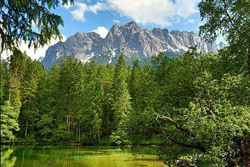 Badersee voor het Zugspitze massief van Thomas Herzog