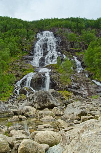 Brattland Waterval - Noorwegen van Ricardo Bouman | Fotografie