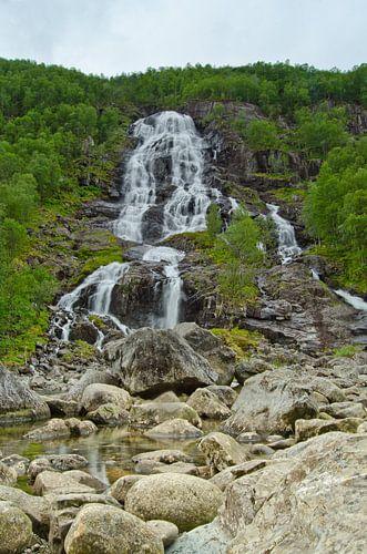 Bratt Wasserfall - Norwegen von Ricardo Bouman | Fotografie