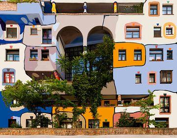Hundertwasserhaus               Tribute to  Fr. Hundertwasser van Maarten Visser