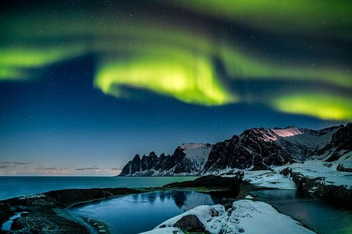 Northern Lights van