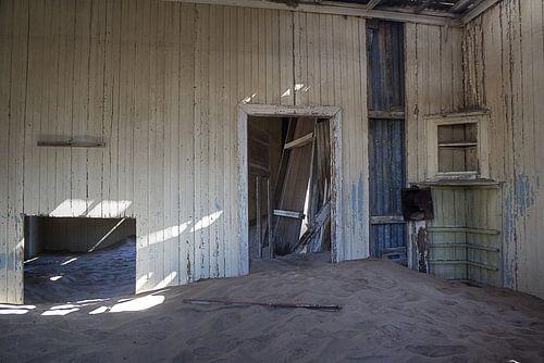 Dusty House