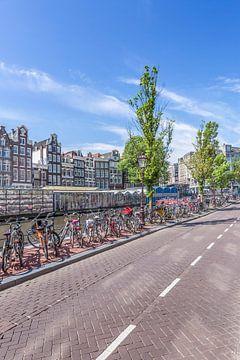 AMSTERDAM Singel mit Blumenmarkt  von Melanie Viola