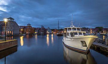 Reitdiephaven in Groningen in de avond. sur Claudio Duarte