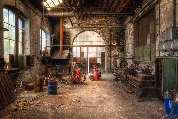 Verlaten Werkplek. van Roman Robroek