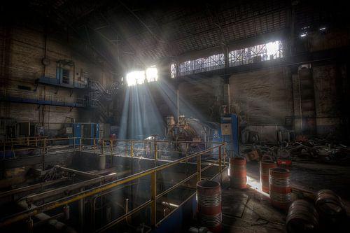 Electriciteitcentrale in een verlaten hoogoven (Urbex)