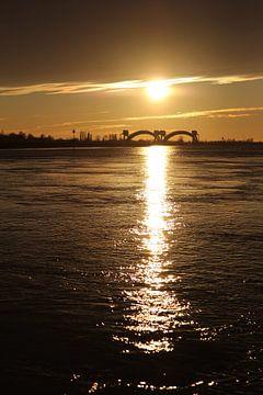 Zonsondergang bij Driel. van Maarleveld Fotografie