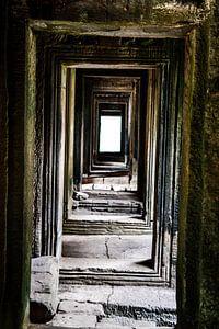 Eindeloze gangen bij Angkor Wat, Cambodja
