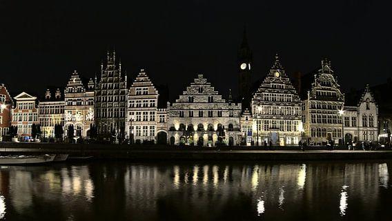 Graslei in Gent bij nacht