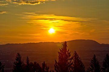 Zonsondergang in Sonthofen van Roith Fotografie