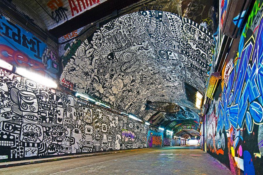 Graffiti tunnel onder Station Waterloo 1/3  te Londen