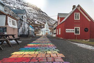 Blue Church in Seyðisfjörður van Andreas Jansen