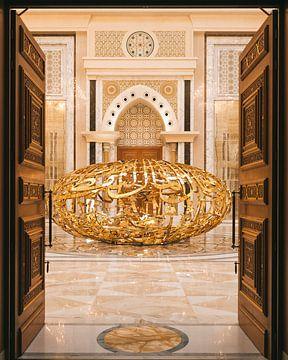 Qasr al Watan, het gouden paleis van de Sheikh in Abu Dhabi. van Michiel Dros