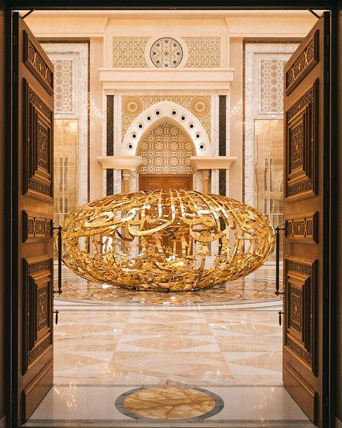 Qasr al Watan, der goldene Palast des Scheichs in Abu Dhabi. von Michiel Dros