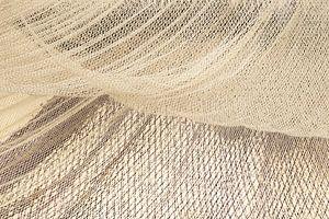 Fischernetze, die im Wind trocknen von Michel Seelen