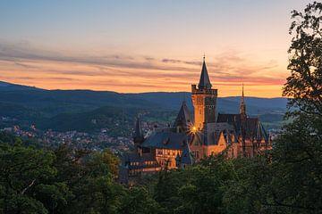 Schloss Wernigerode in het avondlicht van Robin Oelschlegel