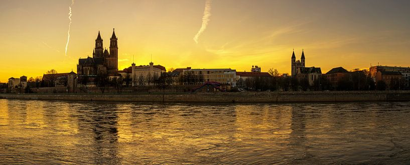 L'horizon de Magdebourg au coucher du soleil sur Frank Herrmann