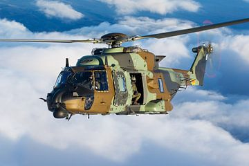 Armée espagnole NH90-TTH sur Dirk Jan de Ridder